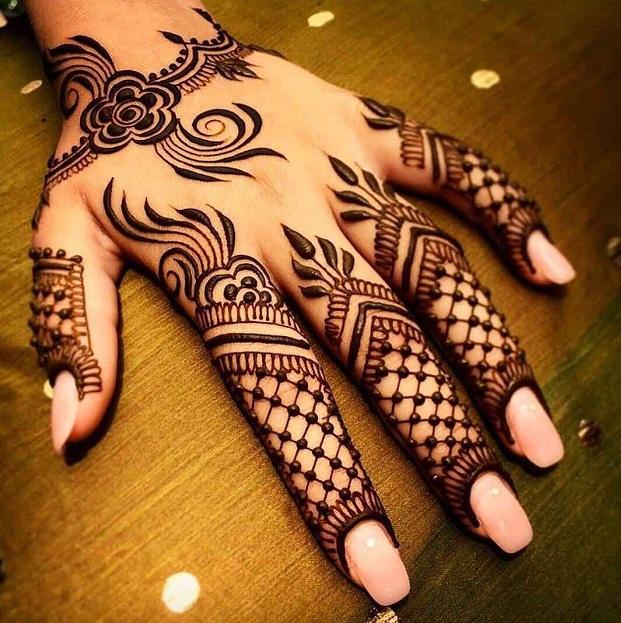 Criss-Cross Mehndi Design For Fingers