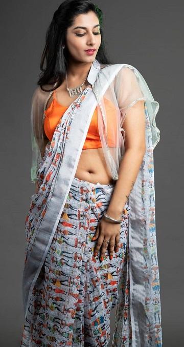 Vishnu Priya Saree Photos